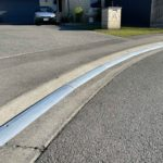 Struggling to find a driveway ramp that can go around corners? x6 1m length sections of KERBY, an Aluminum driveway ramp extrusion for a very concave driveway in a cul-de-sac is perfect for the job and looks great! This driveway ramp install is situated in Rolleston Selwyn. Installed by XDC.nz
